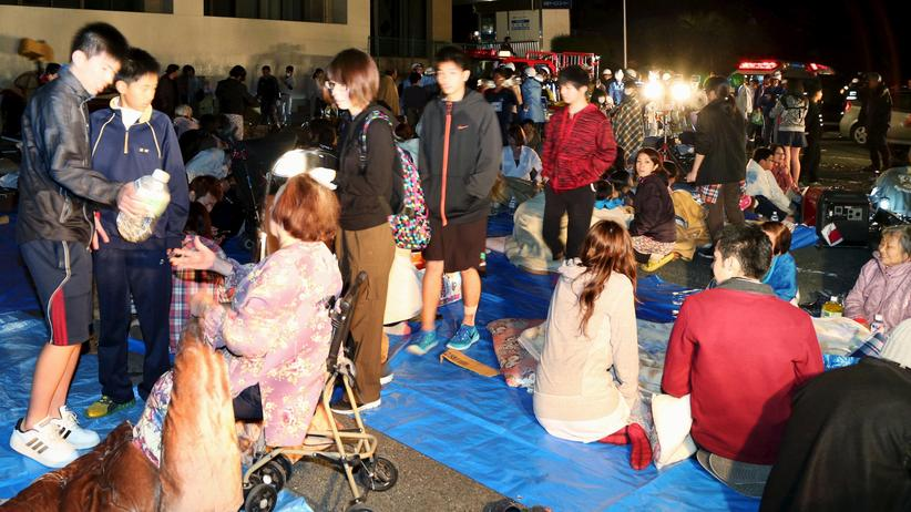 Japan: Tote nach Erdbeben auf Kyushu