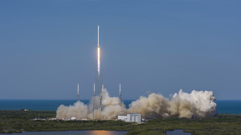 Recycelbare Rakete erfolgreich wieder gelandet