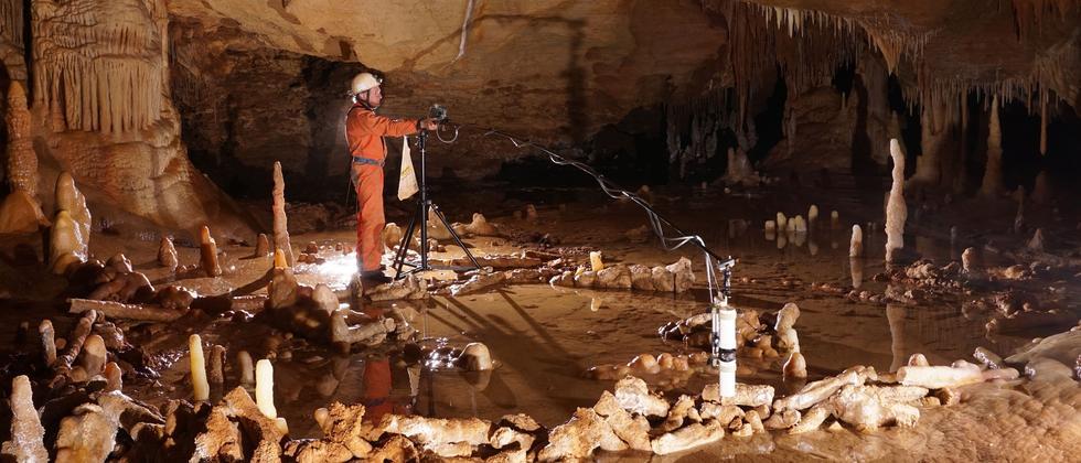 Neanderthaler Anthropologie Menschheitsgeschichte Höhle