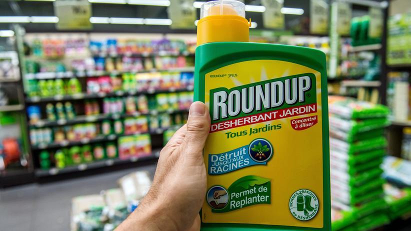EU-Kommission: Die US-Firma Monsanto schaffte mit dem Produkt Roundup, das auf Glyphosat basiert, den Durchbruch.
