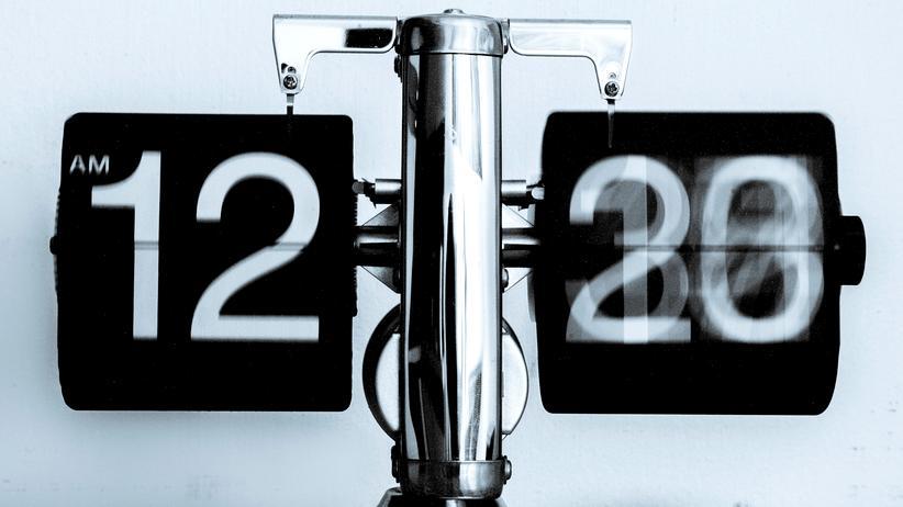 Schaltsekunde Silvester Zeit Uhrzeit Physik