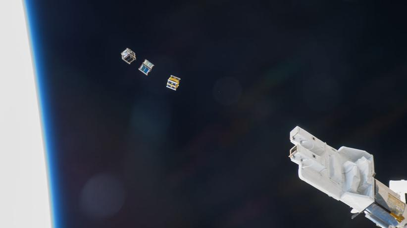 Satelliten-Flotte: Erste CubeSats sind schon im All. Im November 2014 etwa schickte die ISS ein paar der kleinen Satelliten los.