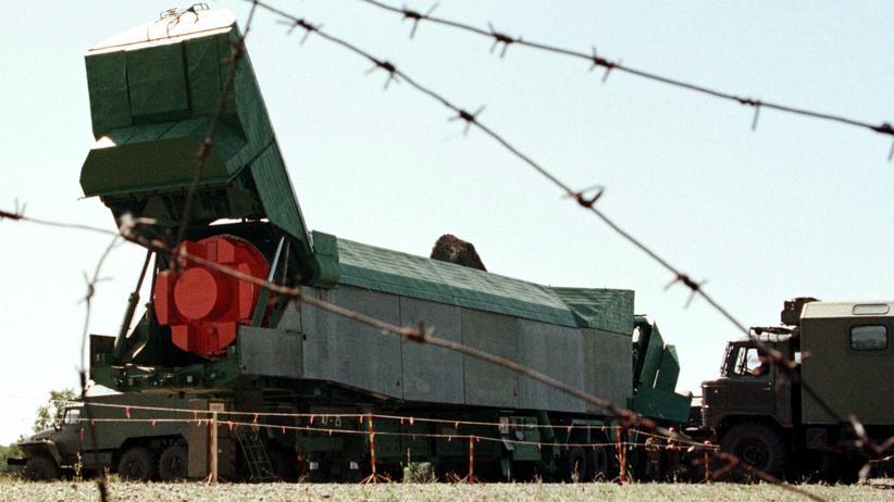 Plutonium: Abrüstung nuklearer Sprengköpfe in der Ukraine im August 1998