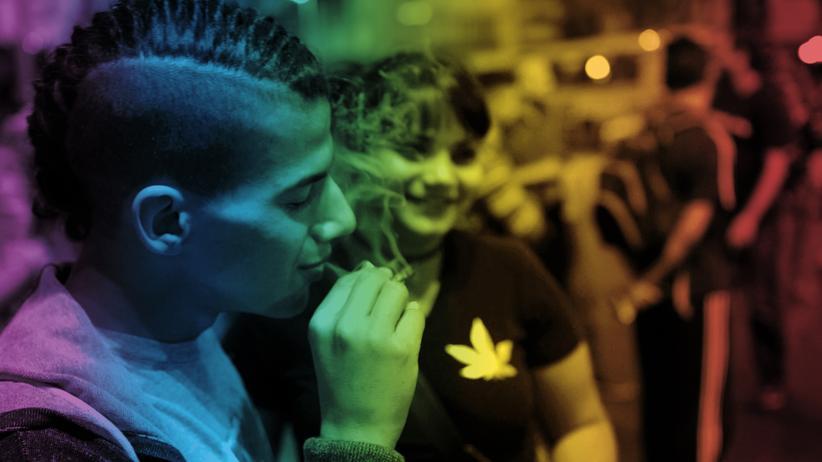 Uruguay: Straßenszene in Montevideo. Der Konsum von Cannabis wird in Uruguay seit Jahren toleriert. Jetzt wird der Staat zum Dealer