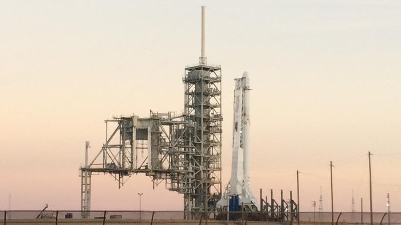 Nasa Kennedy Space Center Launchpad 39A Falcon-9 Rakete