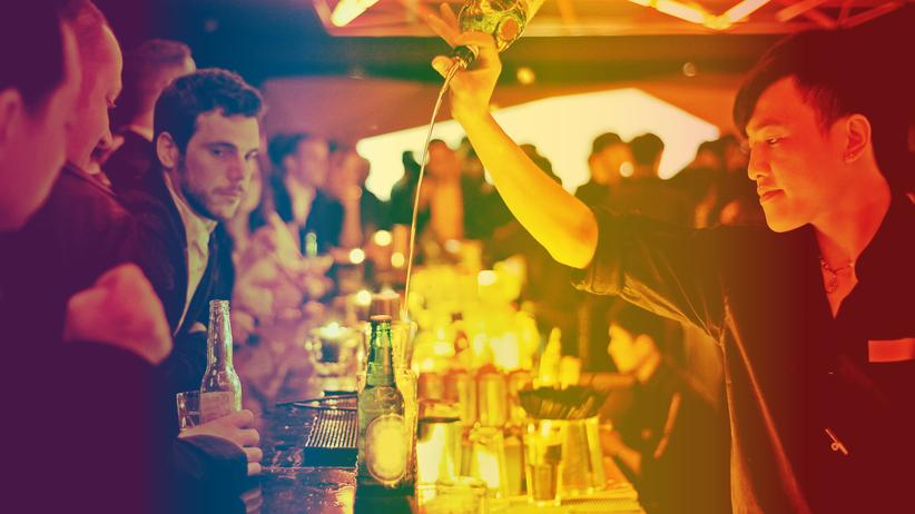 Alkoholkonsum: Schnaps macht sexy, aber aggressiv