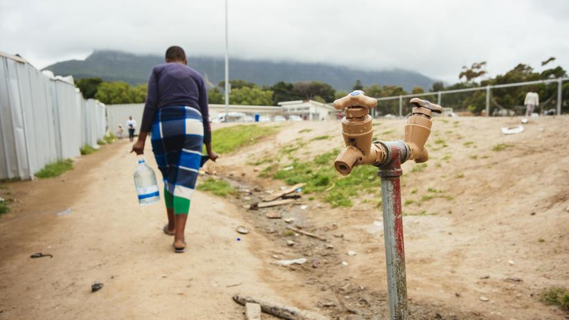 Wasserknappheit: Zweimal duschen oder lieber aufs Klo?