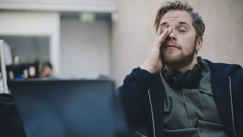 Schlafforschung: Etwa eine Woche kann es dauern, um sich an die Zeitumstellung im Frühjahr zu gewöhnen.
