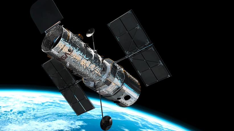 Hubble-Weltraumteleskop: Illustration des Weltraumteleskops Hubble im Orbit