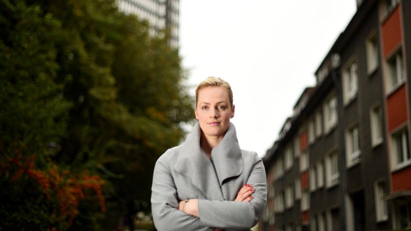 Elisabeth Wehling: Frau Wehling, betreiben Sie Gehirnwäsche?