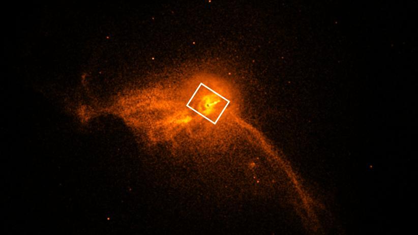 Schwarzes Loch: Das Zentrum der Galaxie M87: Das Team des Event-Horizon-Teleskops nutze auch Daten des Röntgenteleskops an Bord des Chandra-Satelliten zum Abgleich.