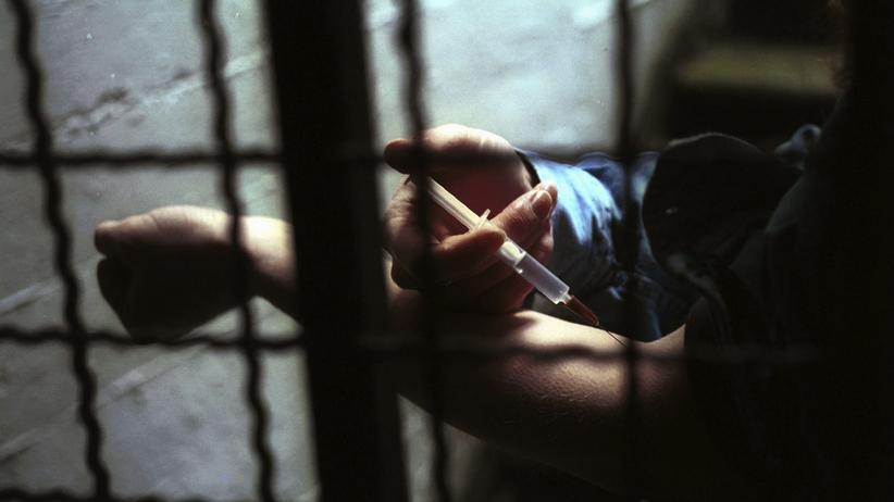 Drogenpolitik: Abhängige sind Patienten, keine Kriminellen