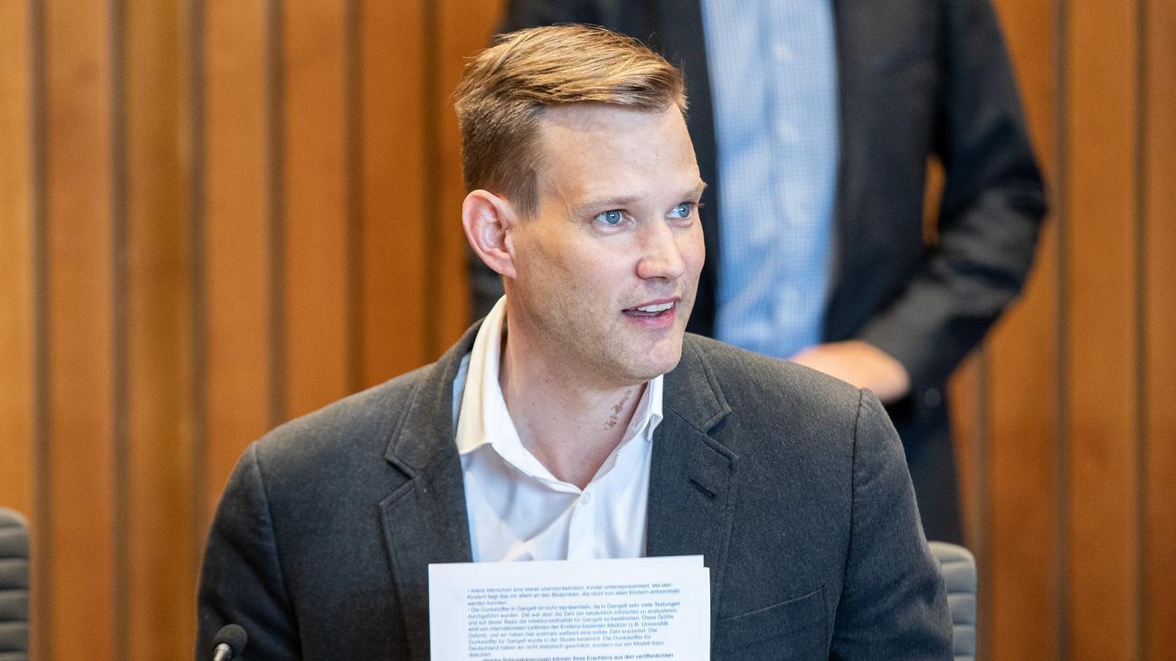 Strafanzeige gegen Virologen Hendrick Streeck