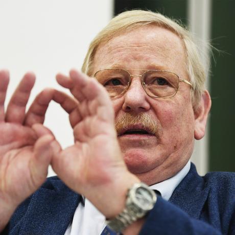 """Reinhard Genzel: """"Ich bin selbst ein Anfänger, was Schwarze Löcher angeht"""""""