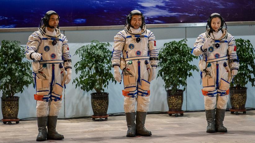 Raumfahrt in China: Chinas Raumfahrertrio erreicht Station im Weltall