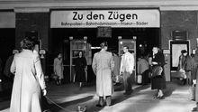 Bahnhof Köln Fünfziger Deutschland Gesellschaft Leben