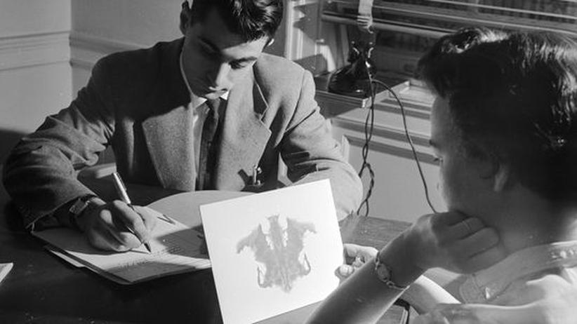 Rorschach-Test: Mit Tintenklecksen Psycholeiden erkennen