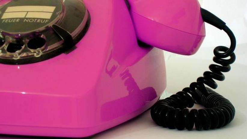 Telefon mit Wählscheibe in pink