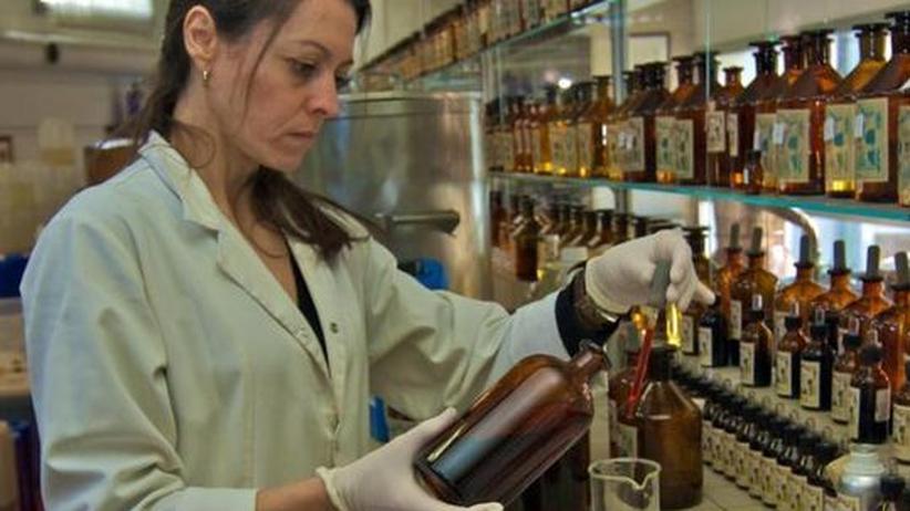 Geschichte des Parfums: Wissenschaft geht durch die Nase