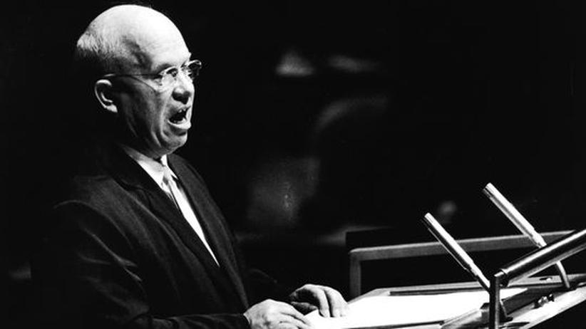 Der damalige Kremlchef Nikita Chruschtschow bei seiner Rede vor der UN-Vollversammlung 1960