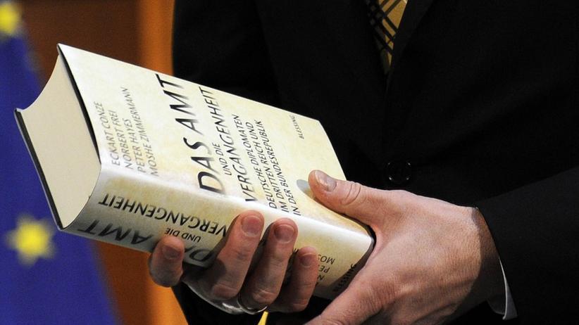 """Prozess: Ex-Diplomat wehrt sich gegen """"Das Amt"""""""
