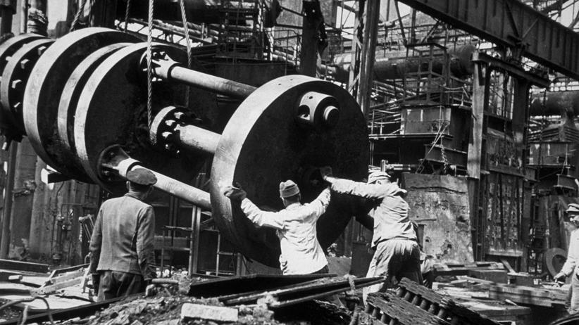 Fotografie-Ausstellung: Krupp – die Geschichte von Großdeutschlands Waffenschmiede