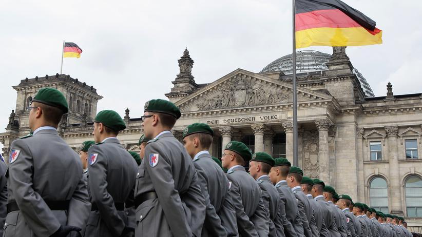 Vergangenheitsbewältigung: Die Bundeswehr tut sich schwer mit NS-Widerstandskämpfern