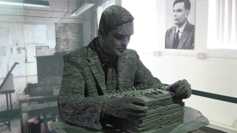 Alan Turing: Der Mann, der den Enigma-Code knackte