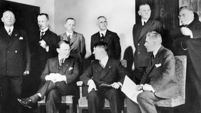 Machtergreifung: Durch ein Schlupfloch kam Hitler an die Macht