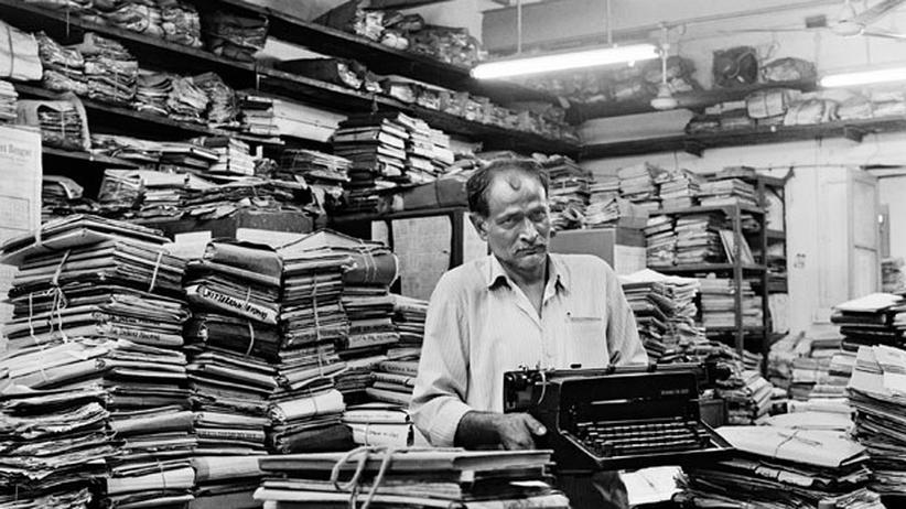 Alte Archive: In Indiens Amtsstuben zerfleddern die Erinnerungen