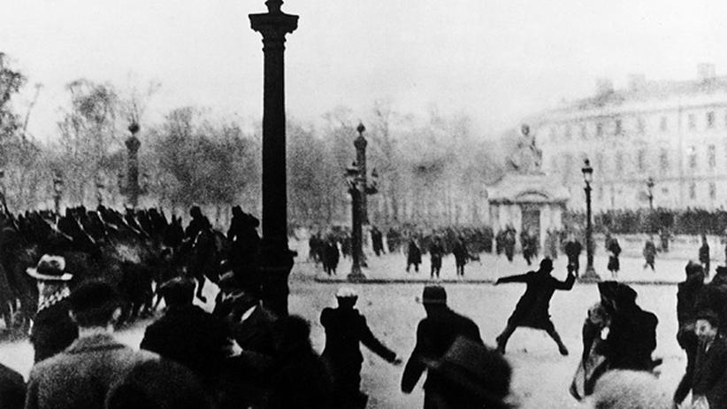 Französischer Faschismus: 6. Februar 1934: Aufruhr auf dem Place de la Concorde in Paris.