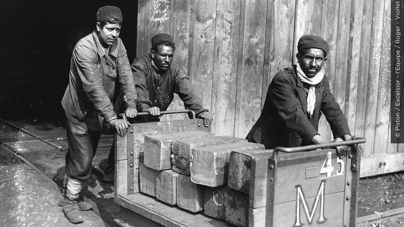1914 Tag für Tag: Unverhohlen rassistisch begrüßt Frankreich erste Gastarbeiter