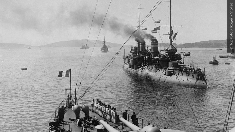 1914 Tag für Tag: Das U-Boot beendet die Ära der Panzerkreuzer