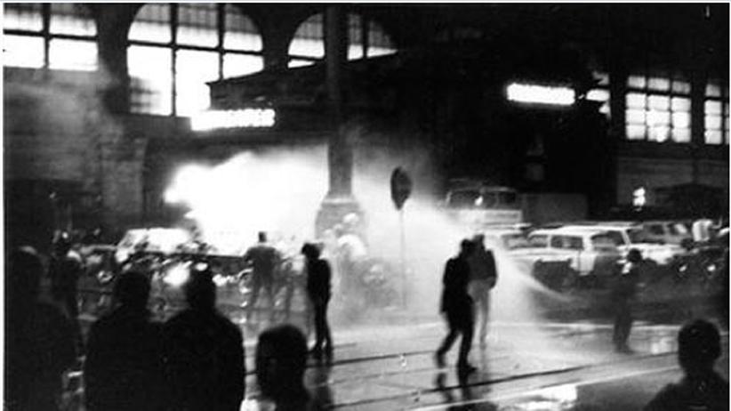 Dresden 1989: DDR-Bürger entern die Züge in die Freiheit