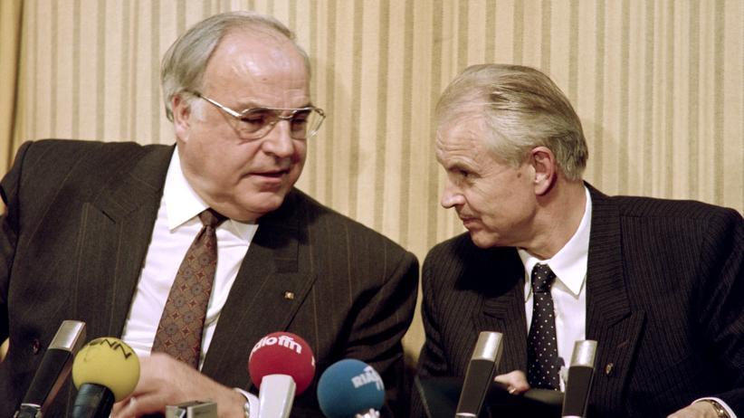 """Der neue Ministerpräsident der DDR: """"Wir müssen aus der Hektik herauskommen"""""""
