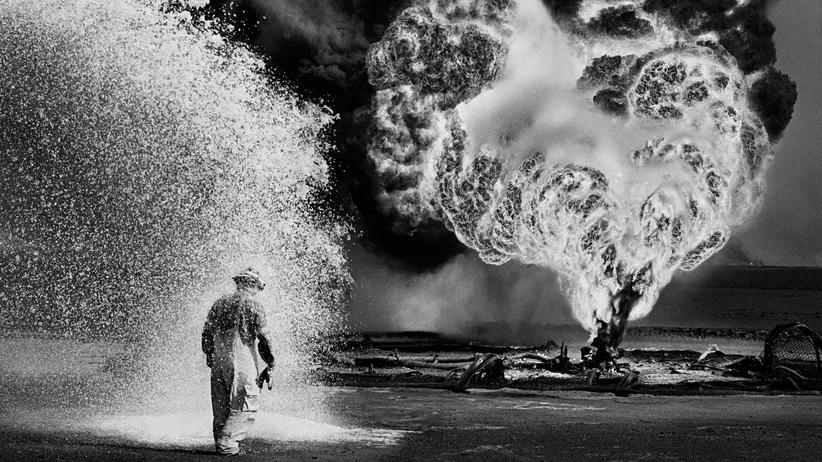 Kuwait: Geysire aus Öl und Feuer