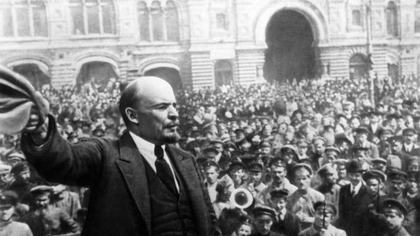 Oktoberrevolution: Wladimir Iljitsch Lenin während einer Rede in Moskau.