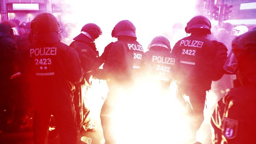 Kriminalität: Seit wann gibt's eigentlich die Polizei?