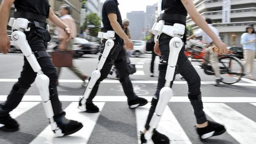 Technik aus Japan: Mit Robotern alt werden