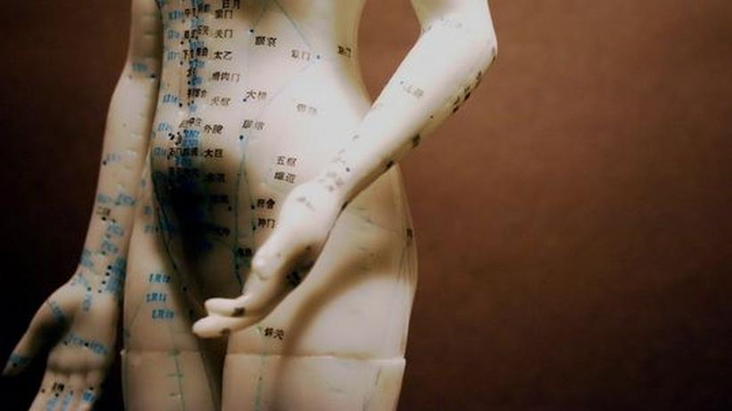 Alternative Medizin: Wie gut hilft die Naturmedizin wirklich?
