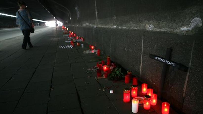 Der Duisburger Tunnel der zum Veranstaltungsort der Loveparade führte