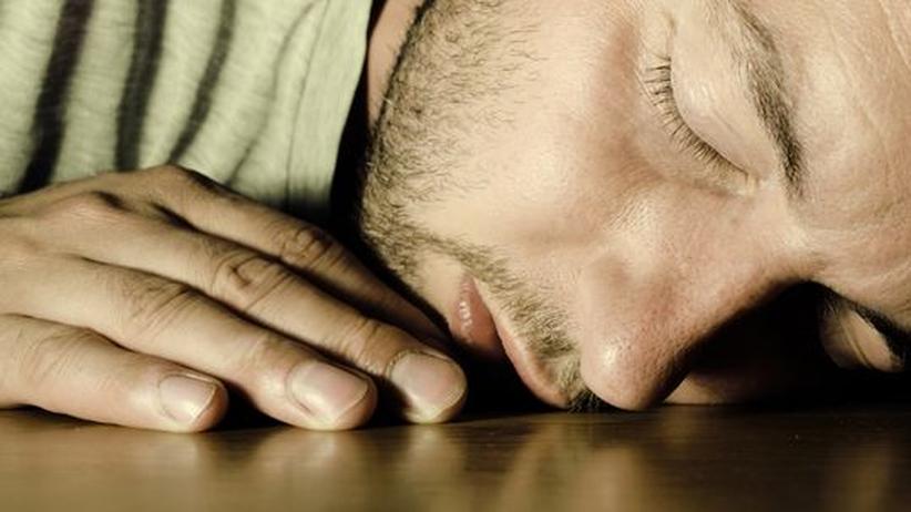 Powernapping im Büro: Das Nickerchen für sich arbeiten lassen