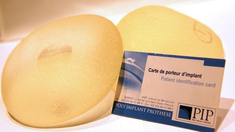 Seit 2010 sind die mit gefährlichem Industriesilikon verpfuschten Brustimplantate des französischen Herstellers Poly Implant Prothèse (PIP) verboten.