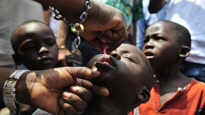 Polio-Impfung: Hauruck-Aktion gegen Kinderlähmung in Afrika