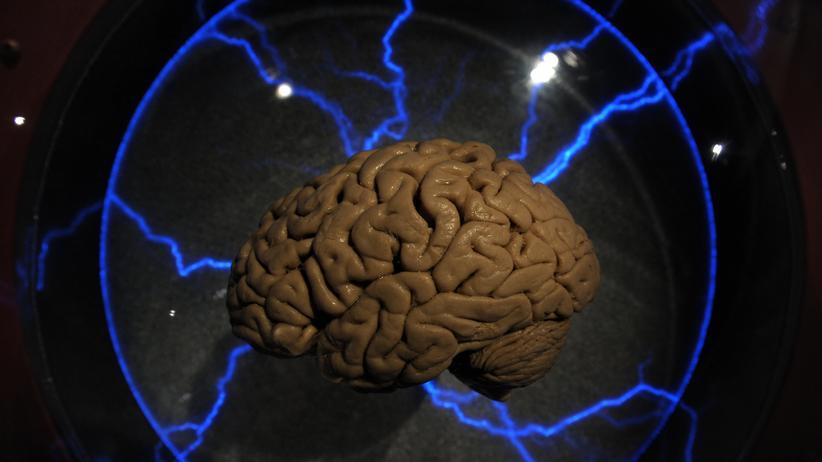 Elektroschocktherapie: Wie Stromschläge im Hirn schwer Depressiven helfen