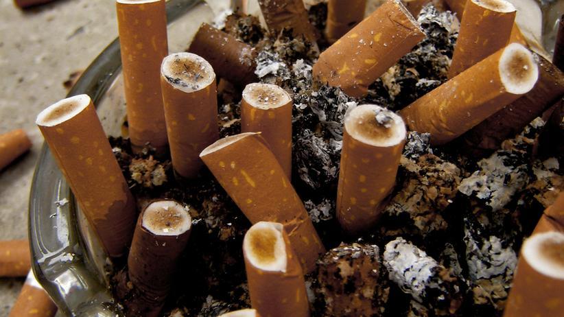 Rauchen Zigarette Nikotin Sucht Abhängigkeit Drogen