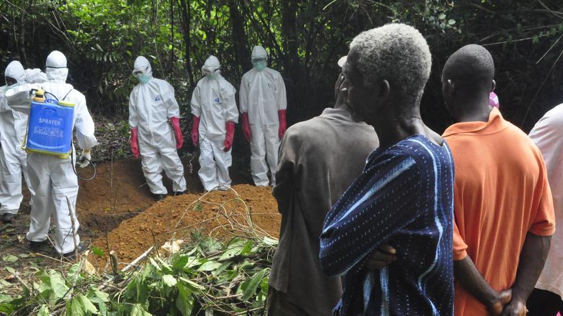 Ebola: Die Traditionen müssen der Hygiene weichen