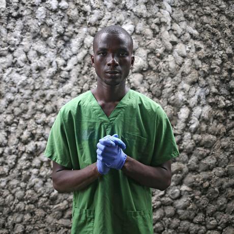 Ebola-Überlebende: Infiziert, erkrankt, überlebt, gemieden