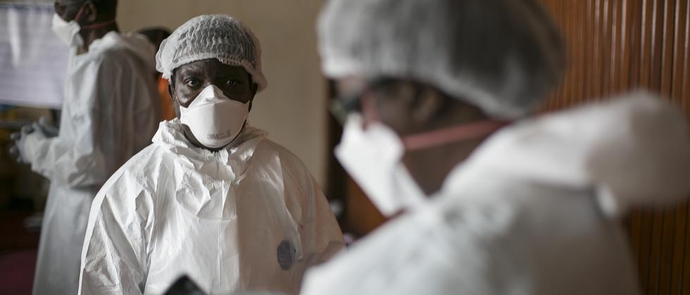 Ebola: Ebola ist wie ein Schwelbrand