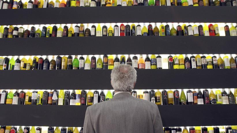 Blick auf einen Stand der Weinausstellung Vinitaly in Verona